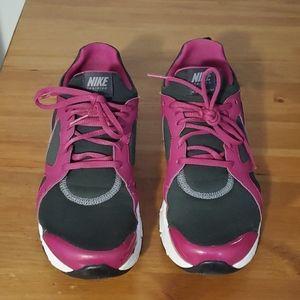 Nike In Season TR 2